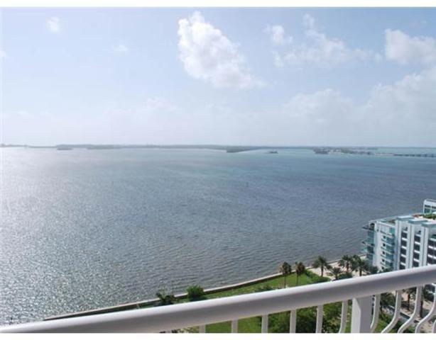 1200 Brickell Bay Drive, Unit 1901 Image #1