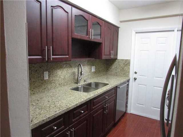 2850 Pine Tree Drive, Unit 1 Image #1