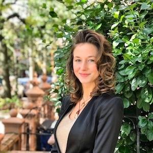 Lauren Stangl, Agent in NYC - Compass
