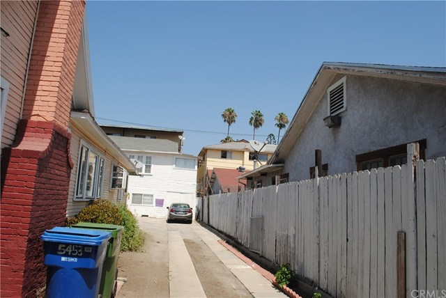5451 Romaine Street Los Angeles, CA 90038