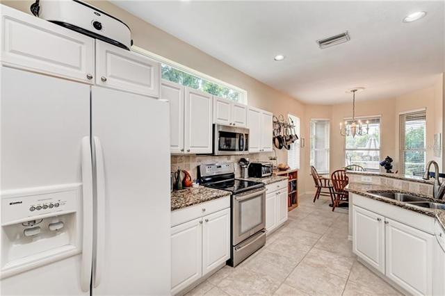 56 Tall Trees Court Sarasota, FL 34232