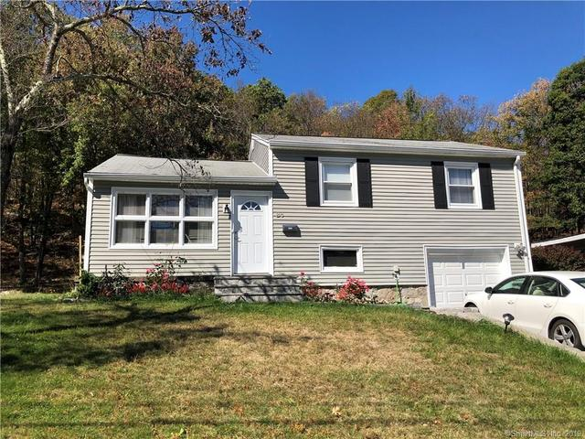 28 Devonwood Drive Waterbury, CT 06708