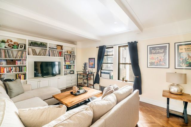 33 5th Avenue, Unit 4D Manhattan, NY 10003