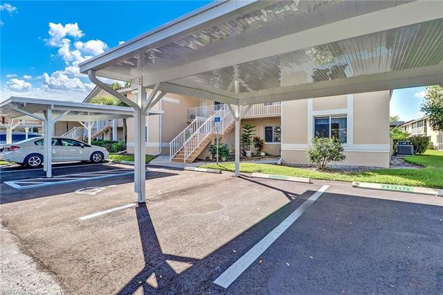 192 Furse Lakes Circle, Unit 6 Naples, FL 34104