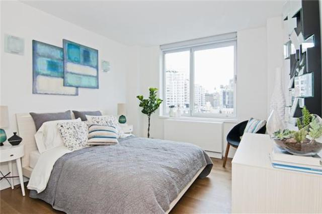 200 East 11th Street, Unit 901 Image #1