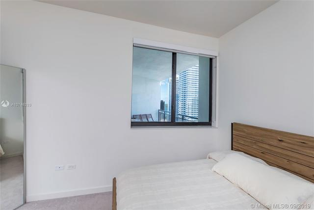 999 Southwest 1st Avenue, Unit PH11 Miami, FL 33130