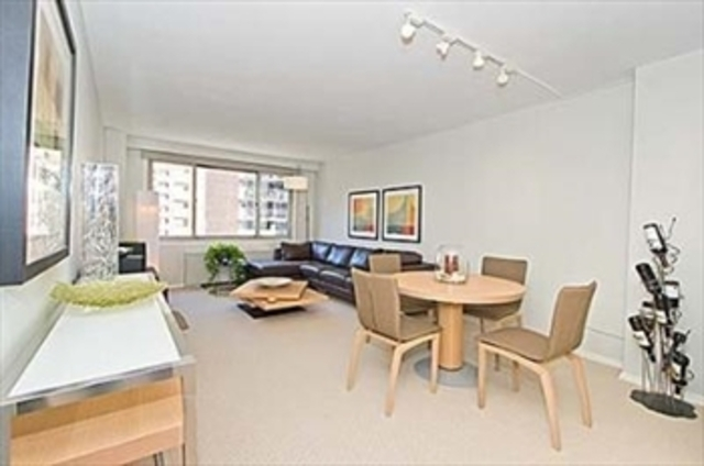 401 East 86th Street, Unit 9D Image #1