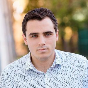 Oliver Scherillo, Agent in Los Angeles - Compass