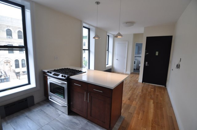764 St Johns Place, Unit 2D Brooklyn, NY 11216