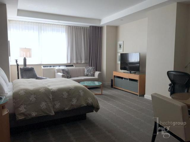 155 West 66th Street, Unit 420 Image #1