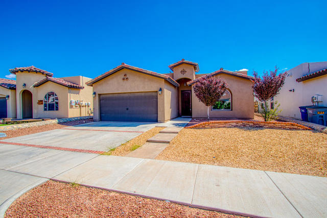 3158 Red Maple El Paso, TX 79938