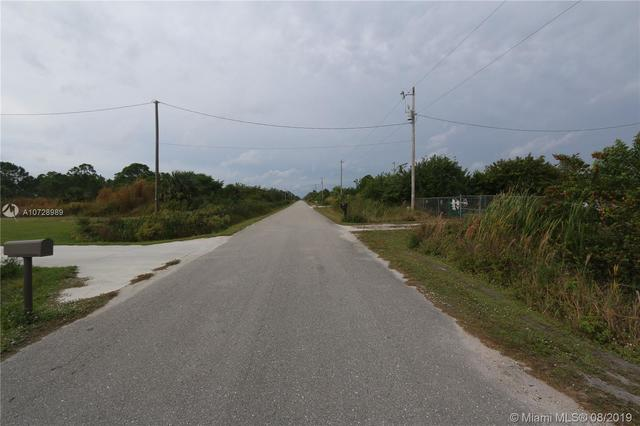 3688-3698 Northeast 60th Avenue Other City Value - Out Of Area, FL 34120