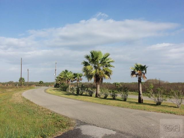 3304 Hidden Gold Crystal Beach, TX 77650
