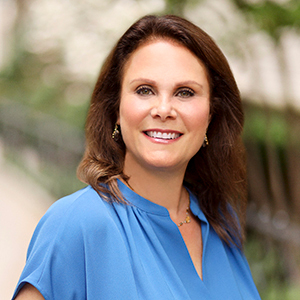 Karen Portugal-Whiton, Agent in NYC - Compass