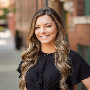 Jessica Stetz,                       Agent in Chicago - Compass