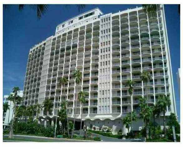 5401 Collins Avenue, Unit 1131 Image #1