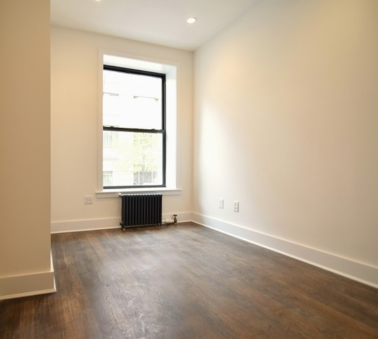 119 West 15th Street, Unit 4FW Image #1