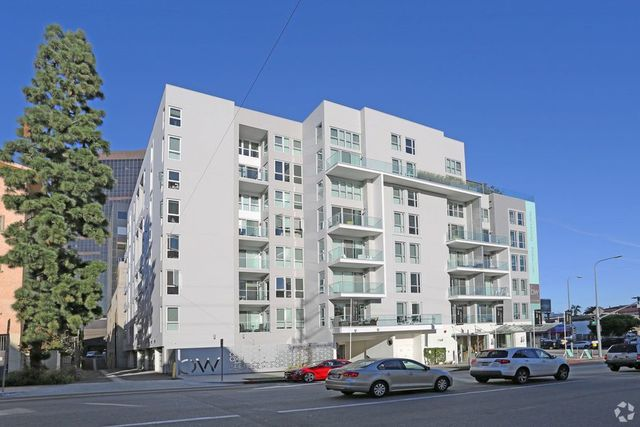 1168 South Barrington Avenue, Unit 602 Los Angeles, CA 90025