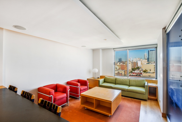 270 West 17th Street, Unit 15C Image #1