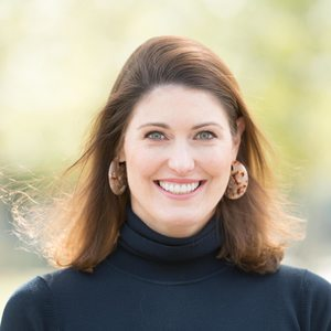 Courtney Robertson, Agent in Houston - Compass