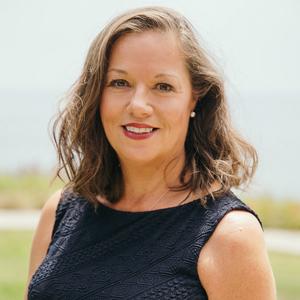 Adrienne Schuele,                     Agent in Santa Barbara & Montecito - Compass