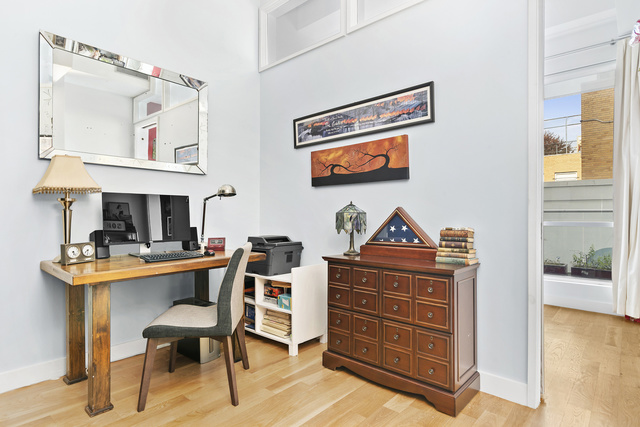 150 North 5th Street, Unit 2G Brooklyn, NY 11211