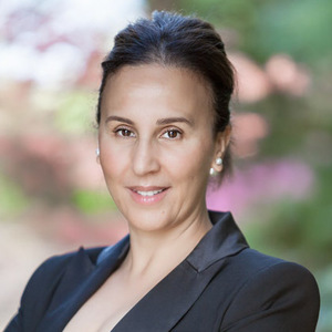 Houda Tanverakul, Agent in San Francisco - Compass