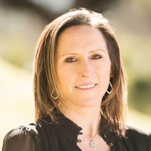 Lara Barringer, Agent in Houston - Compass
