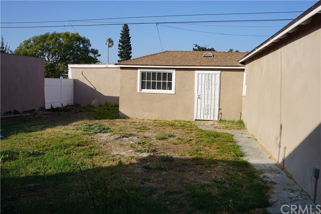 2515 West 76th Street Los Angeles, CA 90043