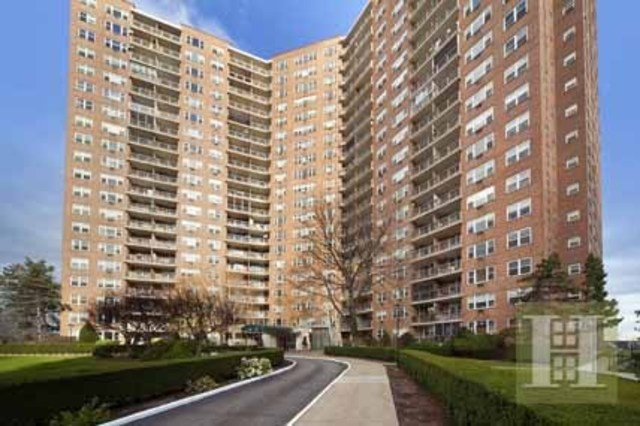 5900 Arlington Avenue, Unit 2G Image #1