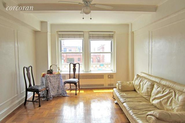 433 West 34th Street, Unit 18E Image #1