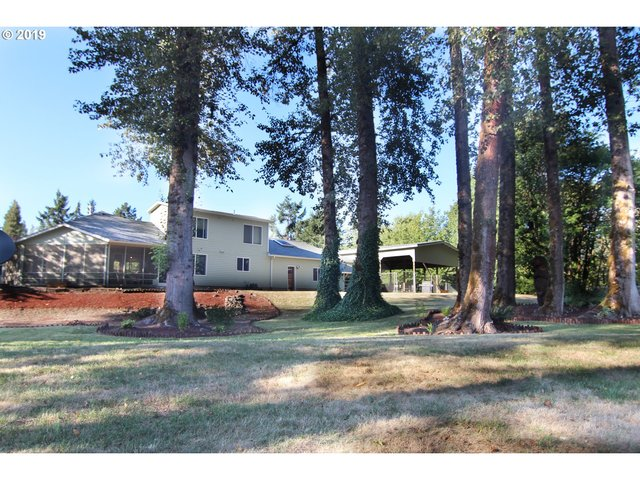 47792 Fairyglen Drive Oakridge, OR 97463