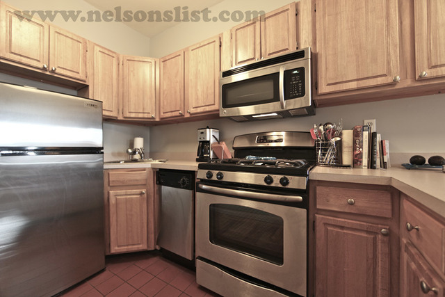 695 Union Street, Unit 3R Image #1