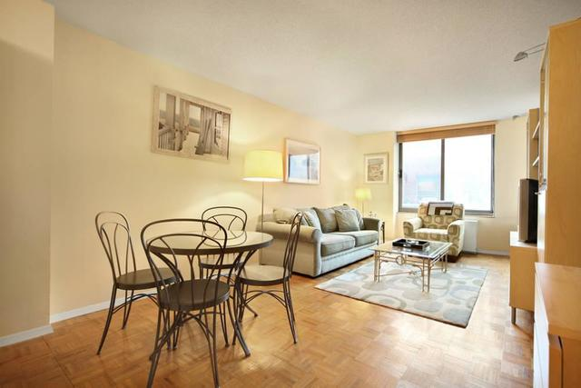 2 South End Avenue, Unit 3V Image #1