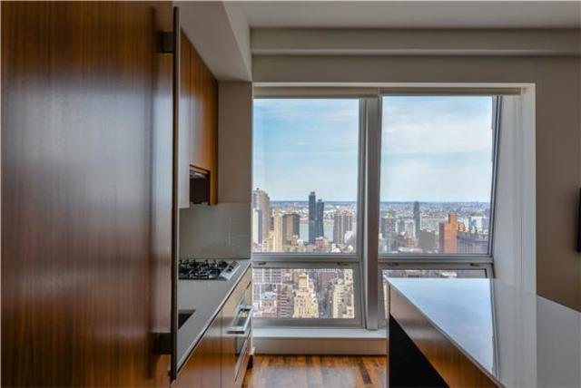 400 5th Avenue, Unit 43B Image #1