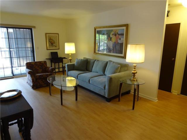 2 Elmwood Park Drive, Unit 216 Image #1