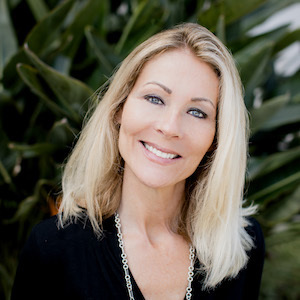 Shirleyanne Marelly,                     Agent in San Diego - Compass