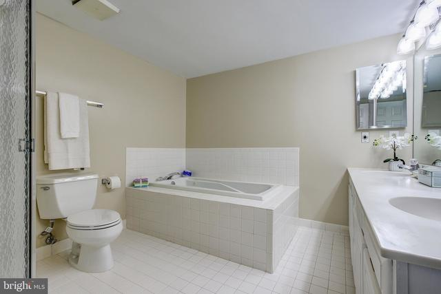5450 Whitley Park Terrace, Unit 811 Bethesda, MD 20814