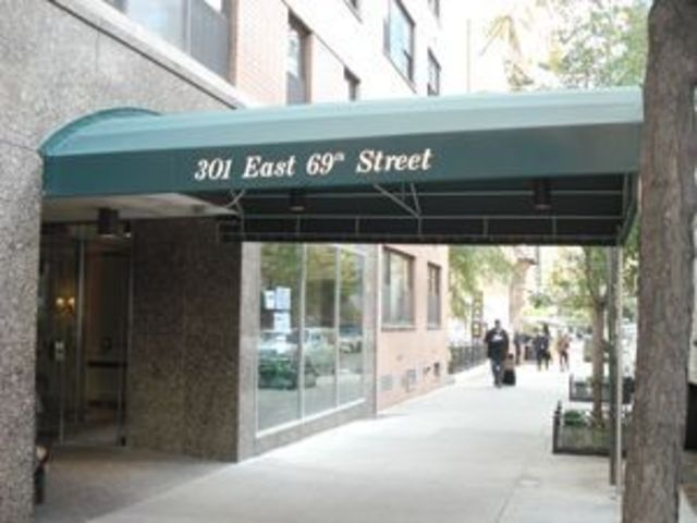 301 East 69th Street, Unit 2A Image #1