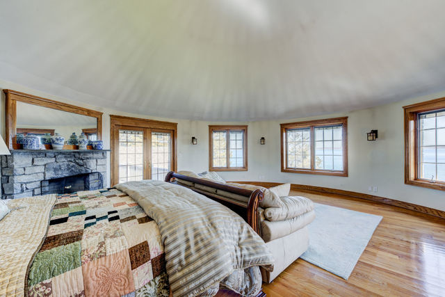 8 Forest Road Sag Harbor, NY 11963