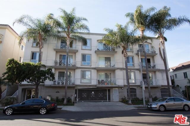 117 South Clark Drive, Unit 204 West Hollywood, CA 90048