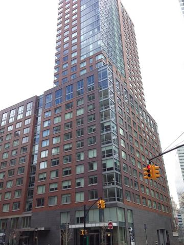 200 North End Avenue, Unit 22D Image #1