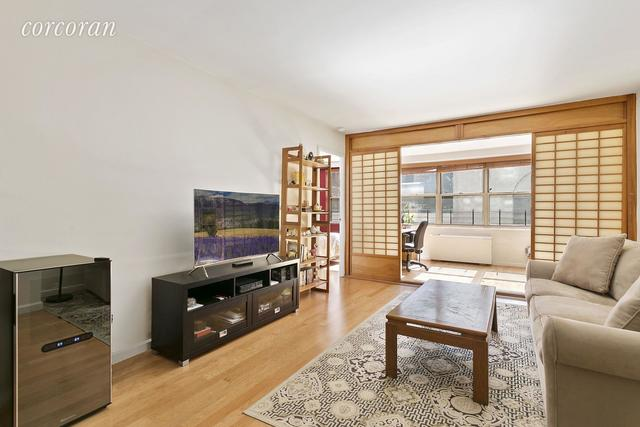 520 East 72nd Street, Unit 4S Image #1