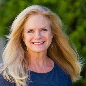 Dianne Allen,                       Agent in Los Angeles - Compass