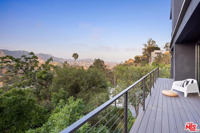 6876 Pacific View Drive Los Angeles, CA 90068