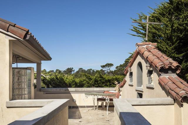 3285 Martin Road Carmel-by-the-Sea, CA 93923