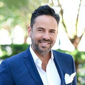 Alberto Navarro,                       Agent in Miami - Compass