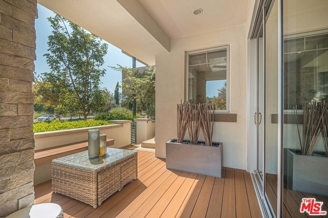 12824 South Seaglass Circle Playa Vista, CA 90094