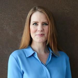 Lauren Bryant,                       Agent in Dallas-Fort Worth - Compass