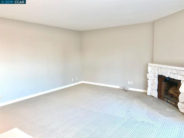 21109 Gary Drive, Unit 207 Castro Valley, CA 94546